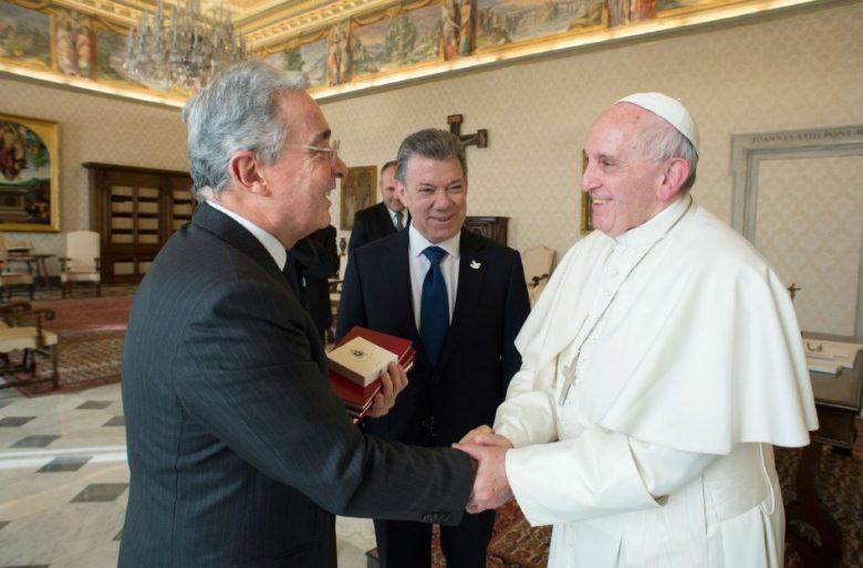 La visita del papa fue un golpe mortal para Álvaro Uribe y el Centro Democrático
