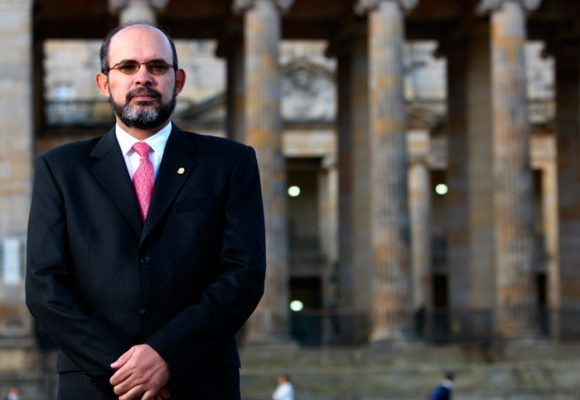 La frescura del magistrado Francisco Ricaurte cuando creía que era intocable. VIDEO