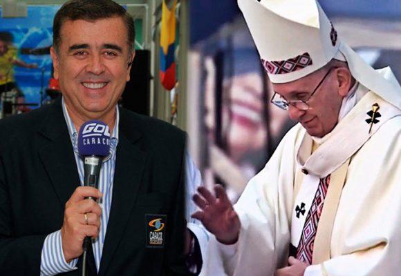 """Lo que faltaba: Javier Hernández Bonnet, """"Refisal"""", narra hasta las misas del papa"""