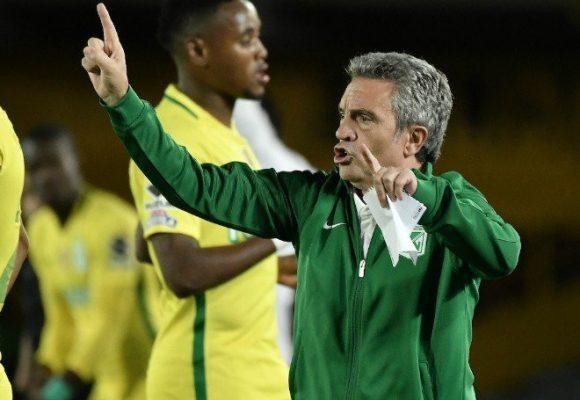 ¿Juan Manuel Lillo o los hinchas que no soportan las derrotas?