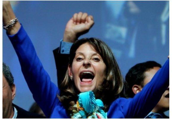 Marta Lucía Ramírez se suma a los 27 candidatos presidenciales que van por firmas