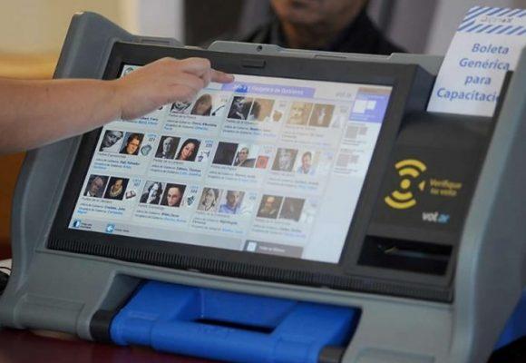 ¿Funcionaría en Colombia el voto electrónico?