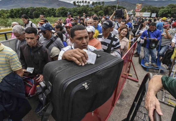 Venezolanos en Colombia: entre el éxodo y la colonia