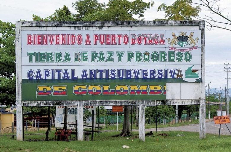 Paramilitarismo en Colombia: un monstruo de Estado