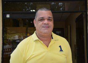 Carlos Robles, el rector de la Universidad de La Guajira, se atornilló en el cargo