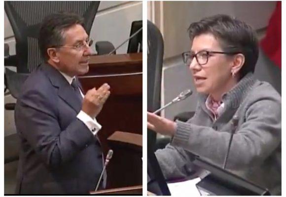 """""""El Fiscal acostumbra mentir. Mintió sobre Bustos, sobre Moreno,eso es lo que sabe hacer"""": Claudia López"""