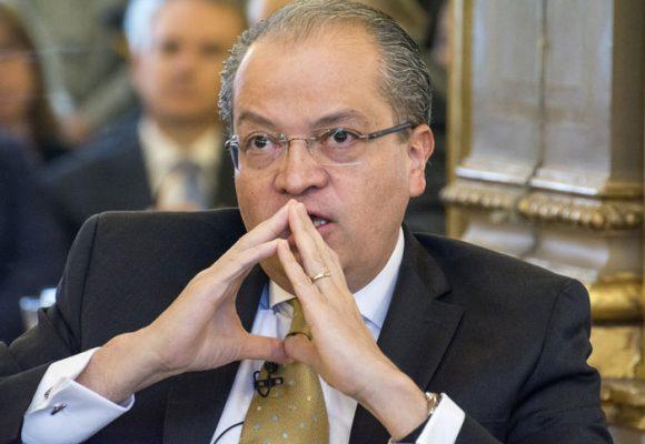 Procurador Carrillo, los contratistas sí pueden participar en política
