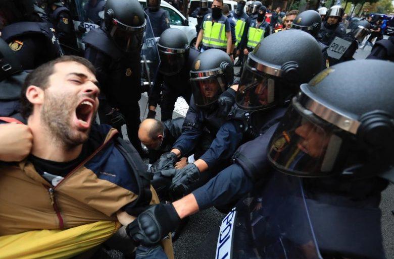 """Catalunya: La farsa de la """"democracia"""" española"""