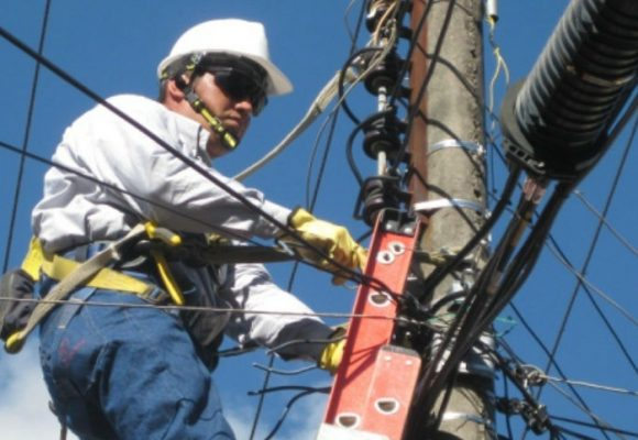 Crisis eléctrica de la costa no la deben pagar los usuarios