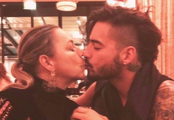 El beso en la boca entre Maluma y su mamá