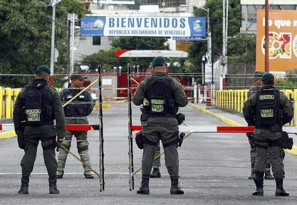 No escampa la lluvia de balas en la frontera de Cúcuta
