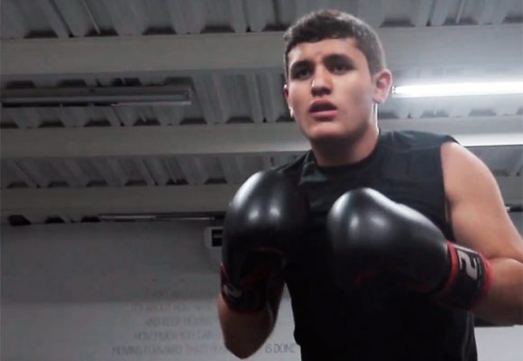Las patadas y los puños que arrastraron a un estudiante del  Externado a la UFC