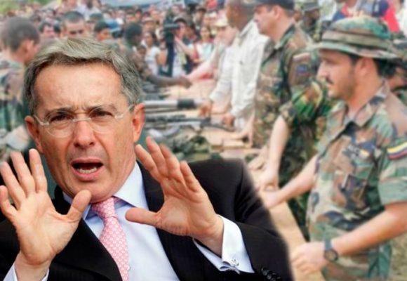 Álvaro Uribe y la metamorfosis del paramilitarismo: de la refundación de la patria a las bandas criminales