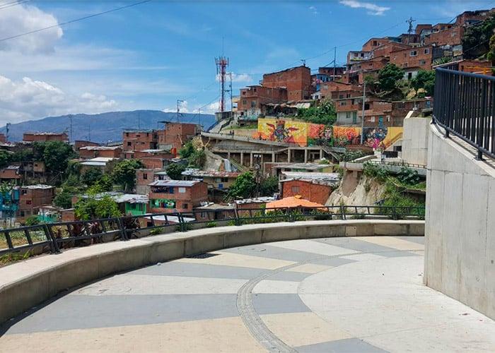 En Medellín, los turistas quieren conocer la 13