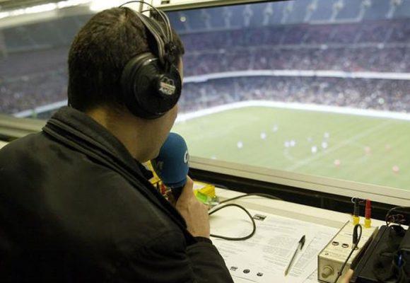 Cómo convertirse en un comentarista deportivo popular
