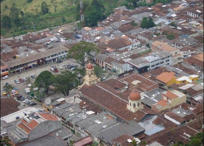 Fredonia (Antioquia) rechaza la minería metálica