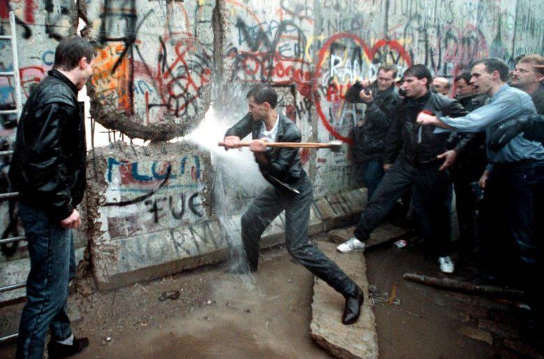 La caída del muro de Berlín y la obstinación comunista