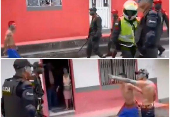 VIDEO: 2 hombres en Nariño intimidan a más de 7 policías con sus cuchillos