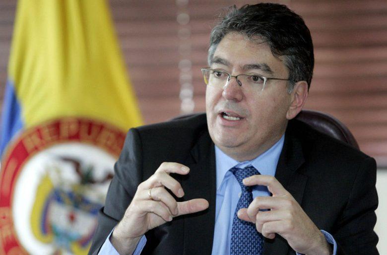 Ministro Cárdenas, ¿para qué sirvió la subida del IVA al 19%?