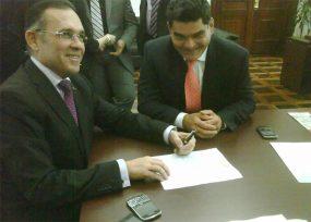 El poder del secretario Eljach con el Presidente del Congreso, Efraín Cepeda