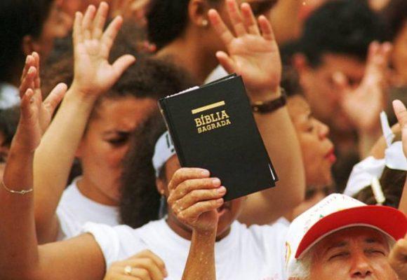 El silencio pecaminoso de algunos evangélicos en Colombia