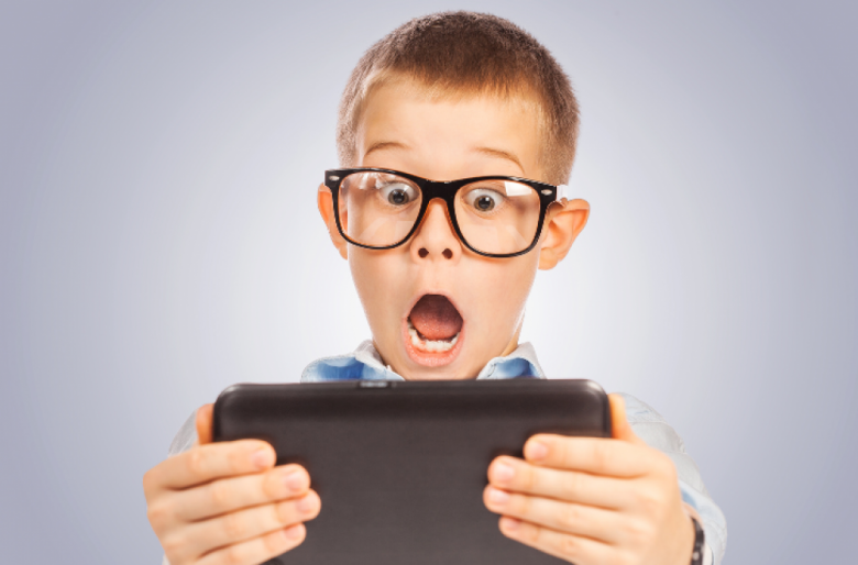 ¿Le abriría usted una cuenta en Facebook a su hijo de 6 años?