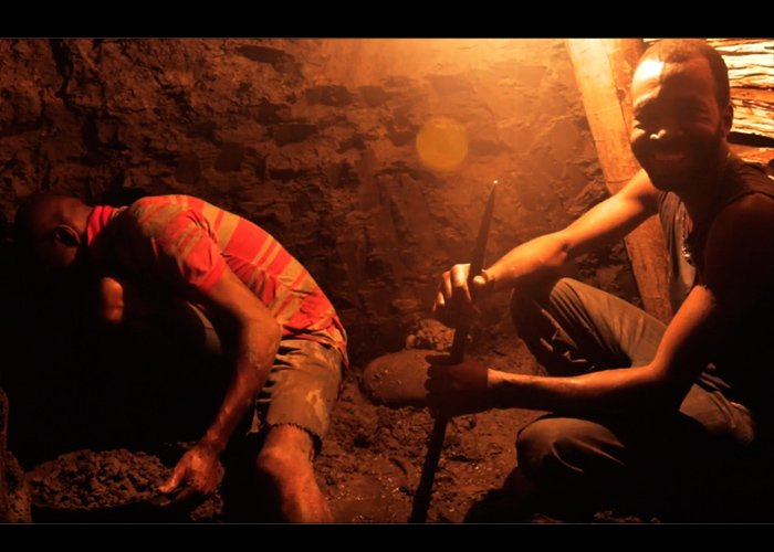 """""""Nadie nos va a impedir seguir sacando oro en el Chocó. Llevamos 350 años"""""""
