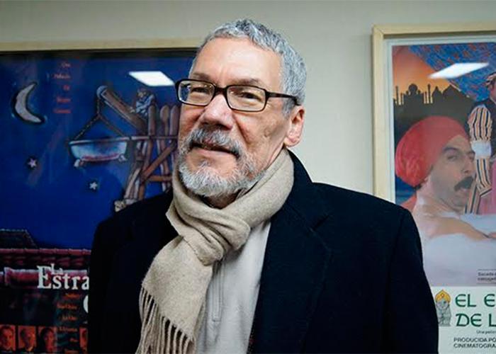 Roberto Burgos: la cabeza del único departamento de Creación Literaria de Colombia