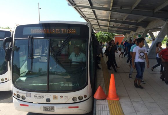 Regalo de Navidad para los barranquilleros: sube el pasaje de bus y Transmetro