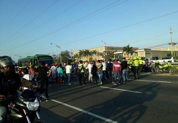 Protestas por problemas de movilidad en la avenida circunvalar de Barranquilla