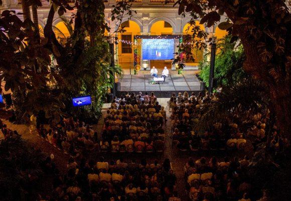 El Hay Festival: buenos escritores, entrevistadores no tanto