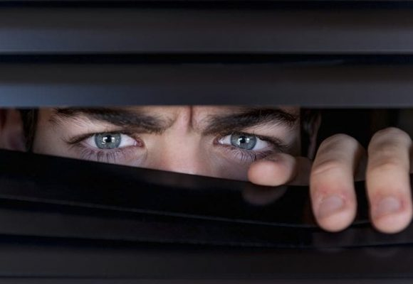 ¿Quién vigilará a los vigilantes?