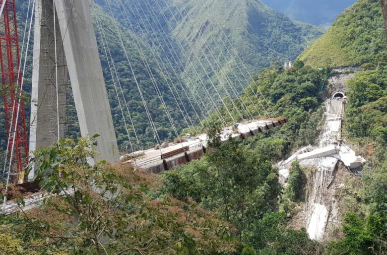 Así ocurrió la caída del puente de Chirajara