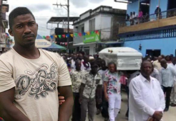 Guapi enterró a los dos negros queridos, asesinados por el ELN