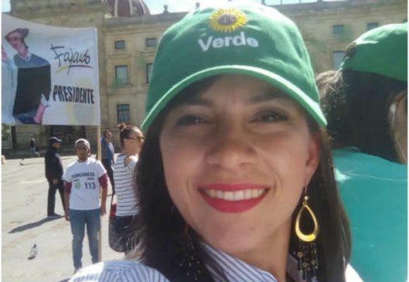 Candidata del Partido Verde que se promociona con gemidos
