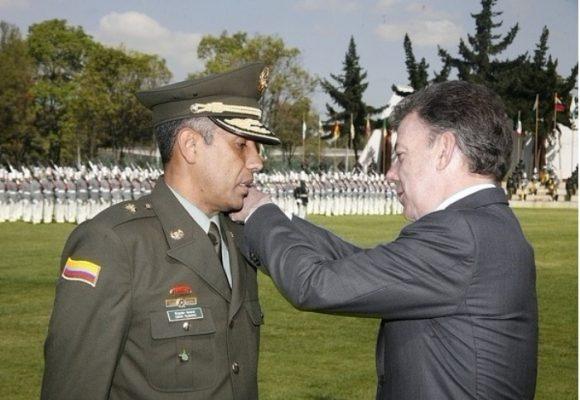 Cinco generales y coroneles encargados de la seguridad de la gente