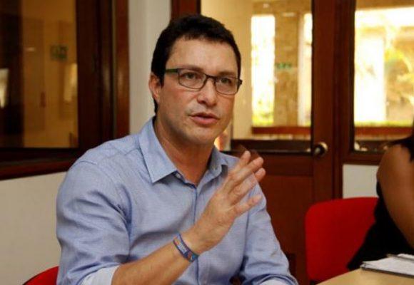 Carlos Caicedo, el outsider de estas elecciones