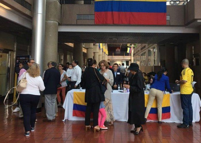Los Colombianos En El Exterior Tambi N Deciden Las2orillas