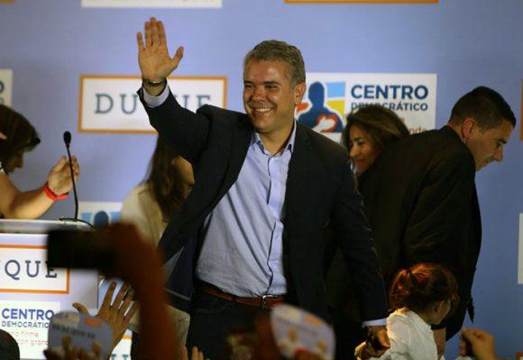 Duque: mejor para el CD que para Uribe