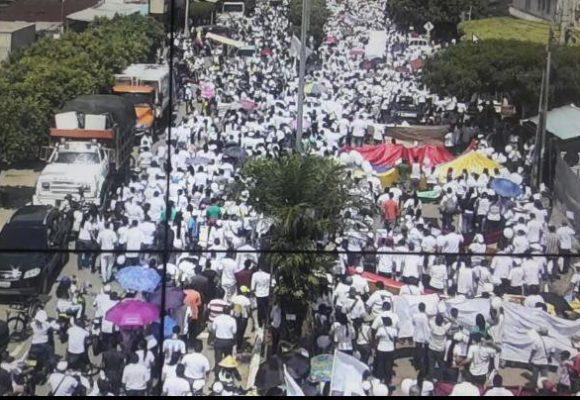La gente del Catatumbo no quiere que la maten: gran marcha en Tibú