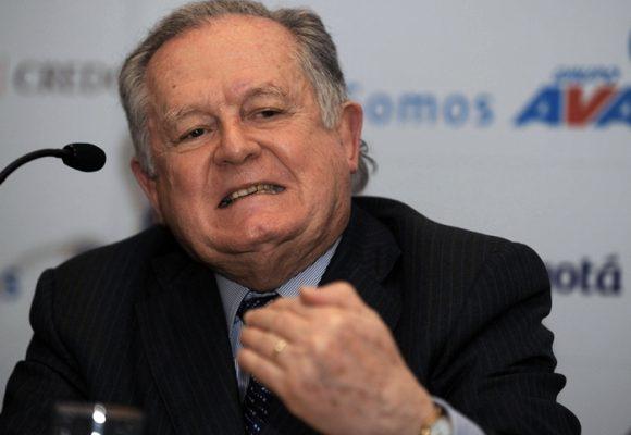 Luis Carlos Sarmiento quedó vacunado y no apoyará campañas presidenciales