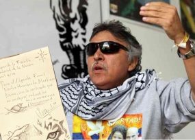 """""""No me dejaré extraditar"""": dibujito de Santrich al Fiscal Martínez desde el Búnker"""