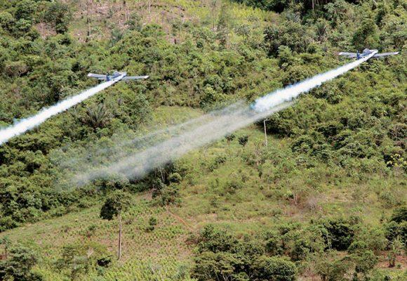 Aspersiones aéreas, un ataque químico al campo que no debe repetirse