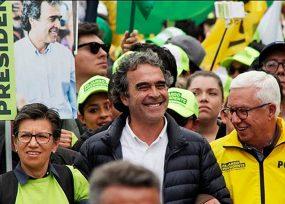 En tres reuniones distintas la Coalición Colombia decide para dónde van los votos