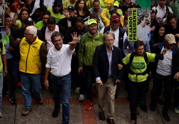 Fajardo se le midió a Bogotá para el cierre de campaña