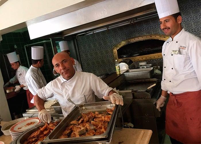 Los mejores chefs de Europa resultaron unos explotadores
