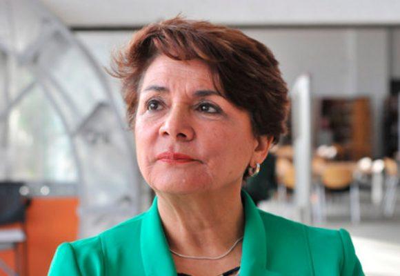 Tambalea la nueva rectora de la Universidad Nacional