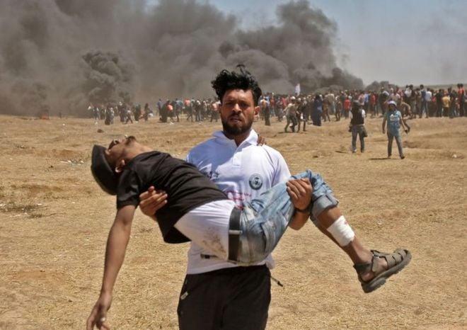 """Mientras Trump celebra """"El gran día para Israel"""" son asesinados 61 palestinos"""