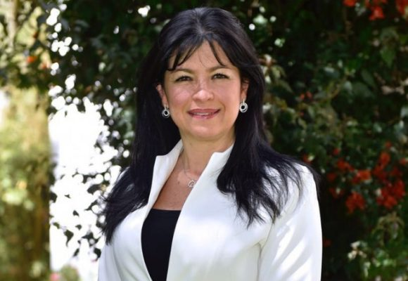 Desconcertante estreno de Mónica Cifuentes como procuradora ante la JEP
