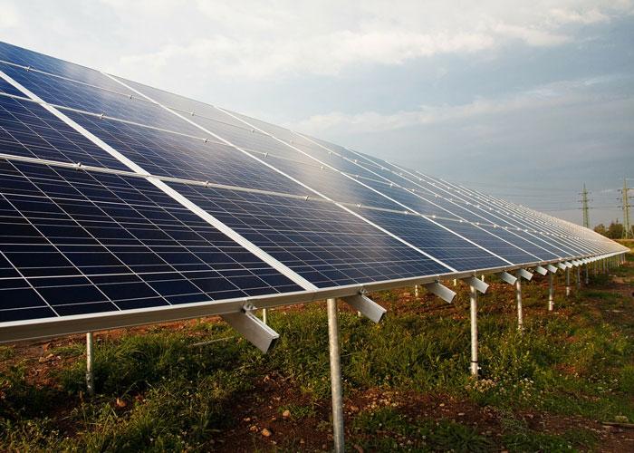 ¿Los paneles solares acabarán con el calentamiento global?